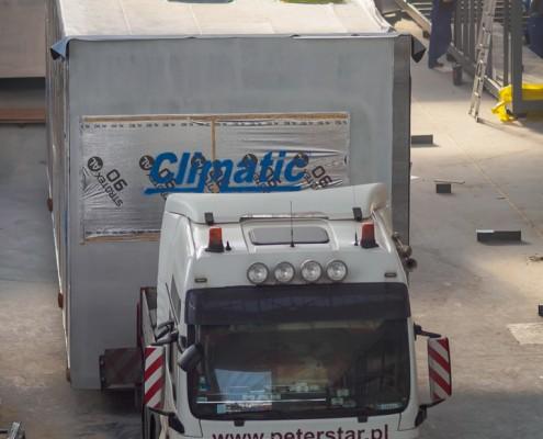 Transport modułu budowlanego Climatic