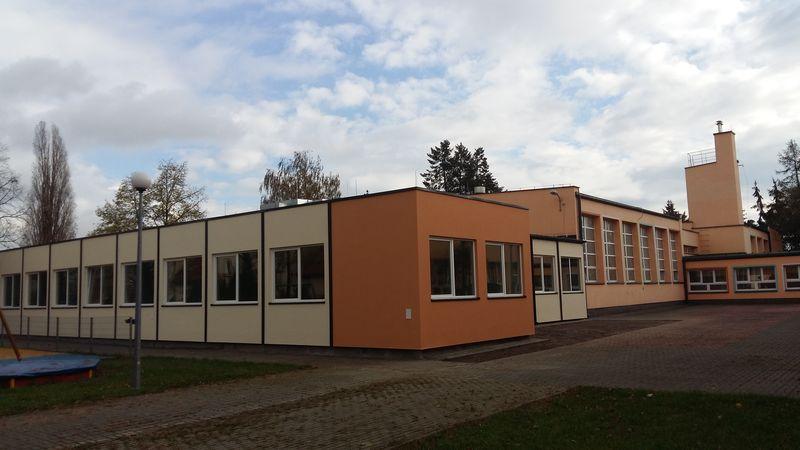 Realizacja rozbudowy Szkoły Podstawowej nr 128 przy ul. Kadetów w Warszawie