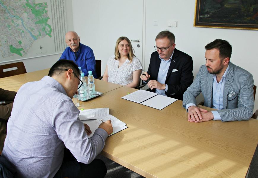 Podpisano umowę na budowę 3-ego przedszkola modułowego na Bielanach