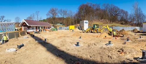 Budownictwo modułowe plac budowy i stopy fundamentowe Climatic