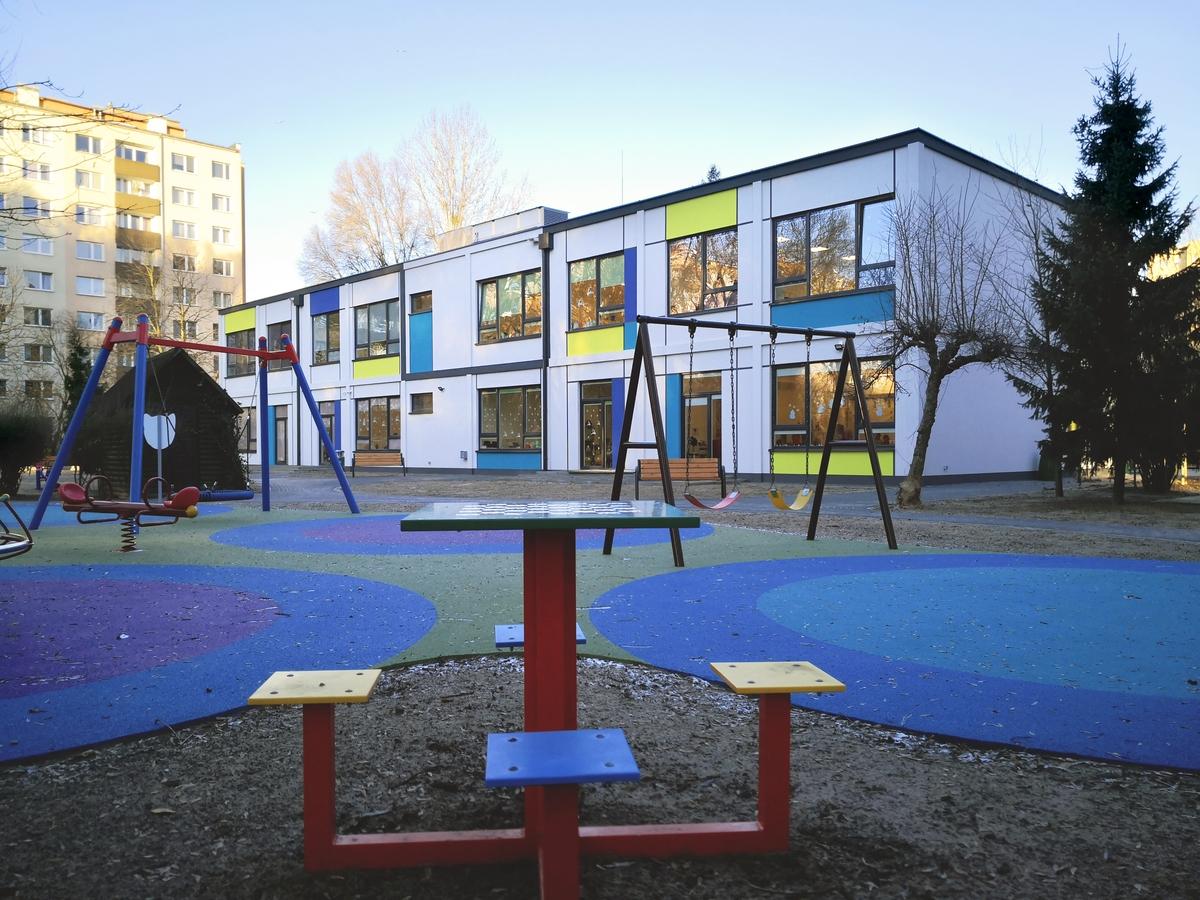 Nowe 8-oddziałowe przedszkole modułowe w Warszawie oddane do użytku